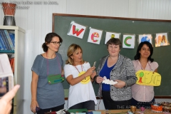 201710160953_Our_Italian_ladies_next_to_Anna__our_coordinator