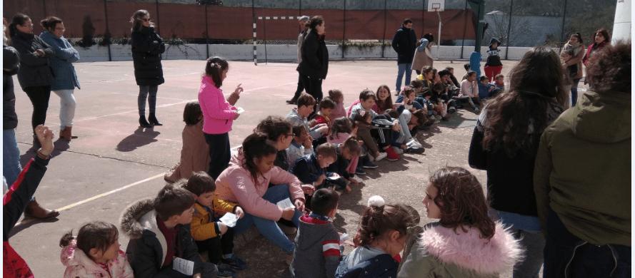 Día de la mujer en colegio