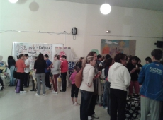 2013-mercadillo-solidario-15