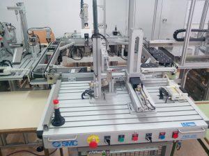 Parte de la célula Flexible de trabajo de los alumnos de Robótica Industrial