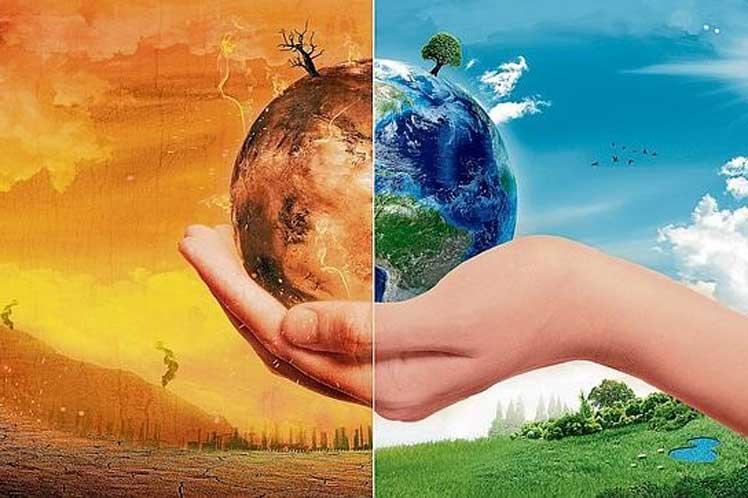 """I Concurso del  IES Triana:  """"Juntos contra el cambio climático"""""""