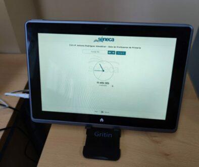 Ejemplo del control de presencia instalado en un centro